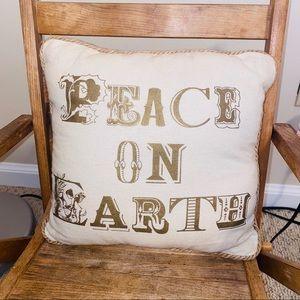 🍒 Pottery Barn decorative throw pillow gold …